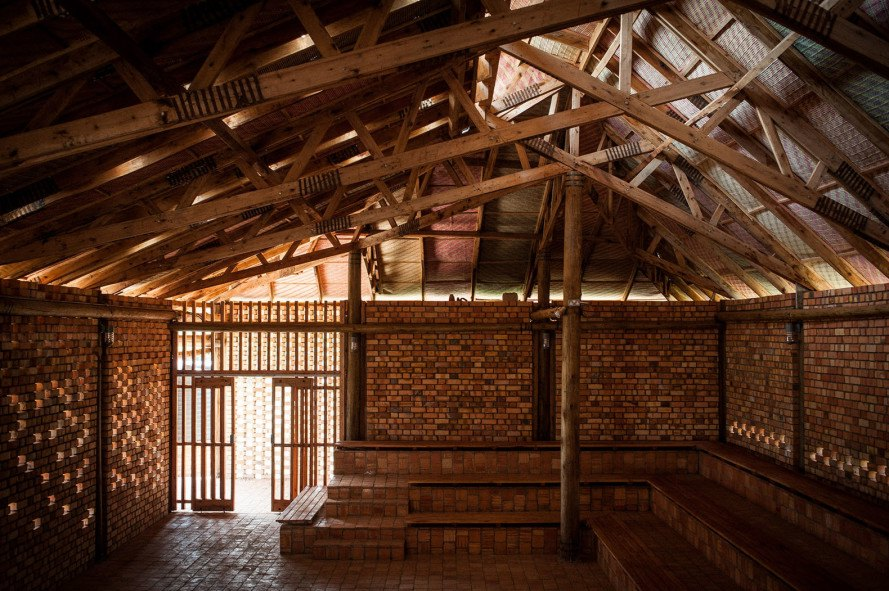 Ross Langdon Health Education Center, community center, Uganda, Ross Langdon, Studio FH Architects, eucalyptus wood, local building materials, green architecture