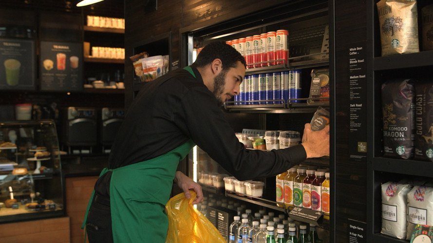 starbucks, food waste, donating food, donating unsold food, starbucks foodshare, starbucks food donation program, reducing food waste, reducing environmental impact, recycling food