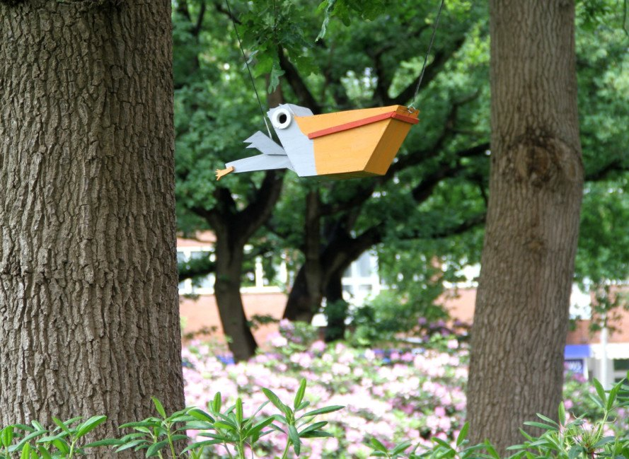 birdhouse, thomas dambo, happy city birds, street art, street artist, scrap wood, recycled wood, recycled materials, recycled art, birdhouse art