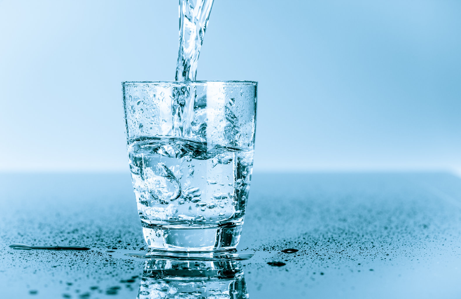 arsenic in drinking water The use of arsenic as a poison is widely documented as a result, many people  are alarmed when they hear that their drinking water, either from a public or.