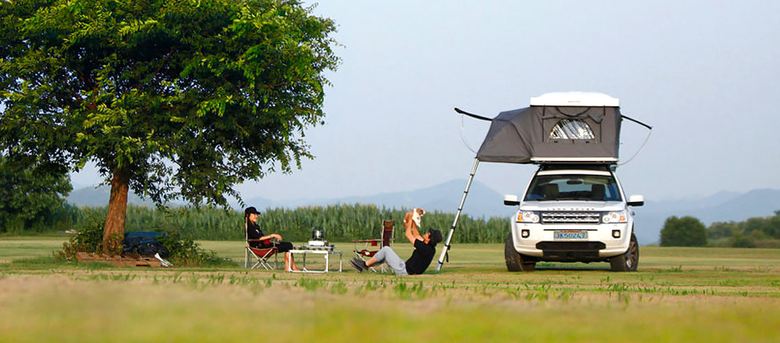 iKamper's Hardtop One is like a pop-up trailer for your car's rooftop