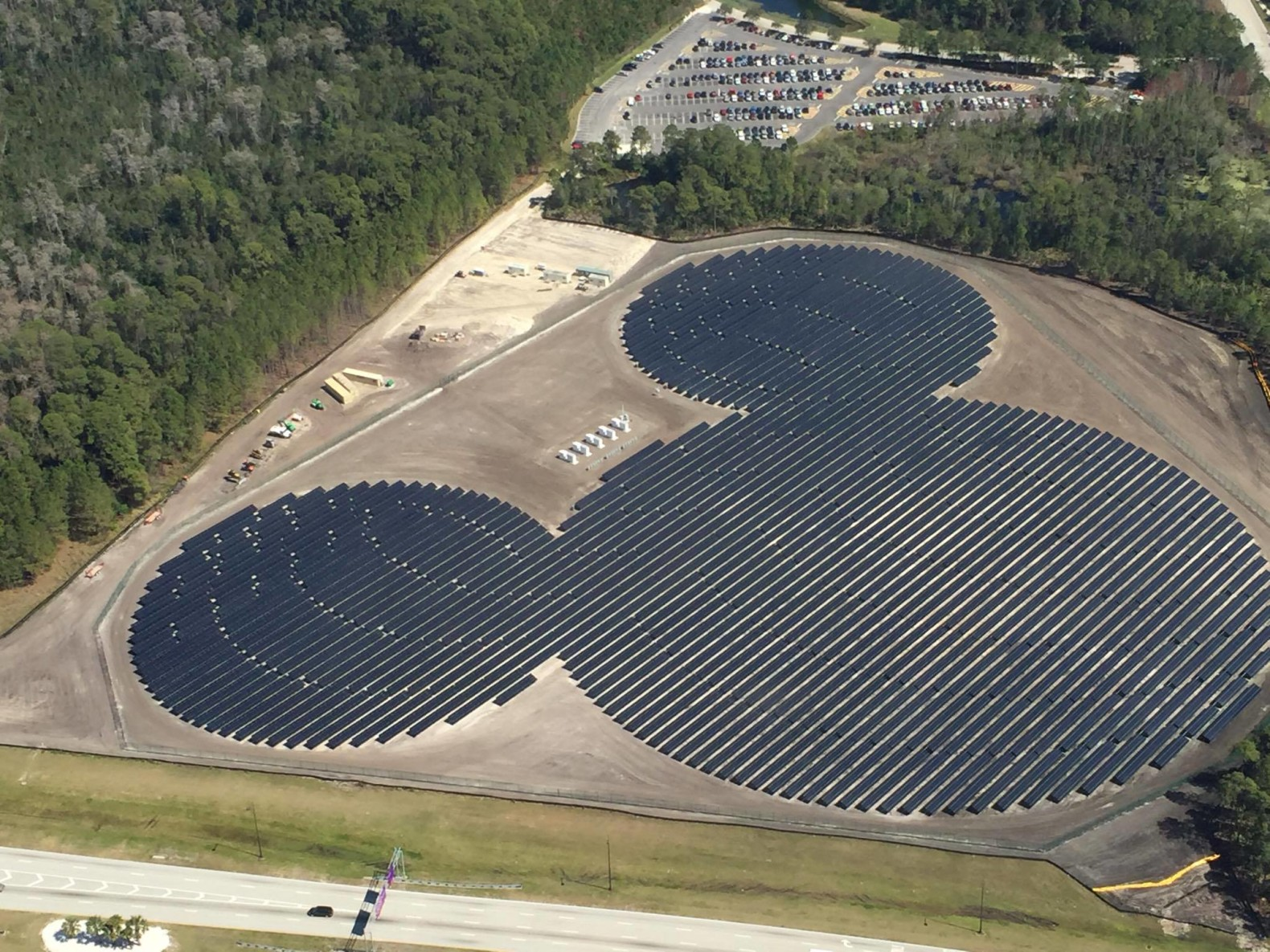 Mickey Mouse Shaped Solar Farm Powers Walt Disney World In