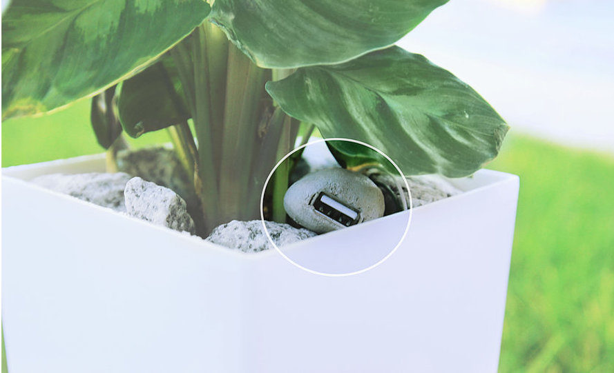 bioo, indiegogo, photosynthesis, planter pot with usb charger, electricity from plants, portable phone charger, crowdfunding, Arkyne Technologies, spain, barcelona