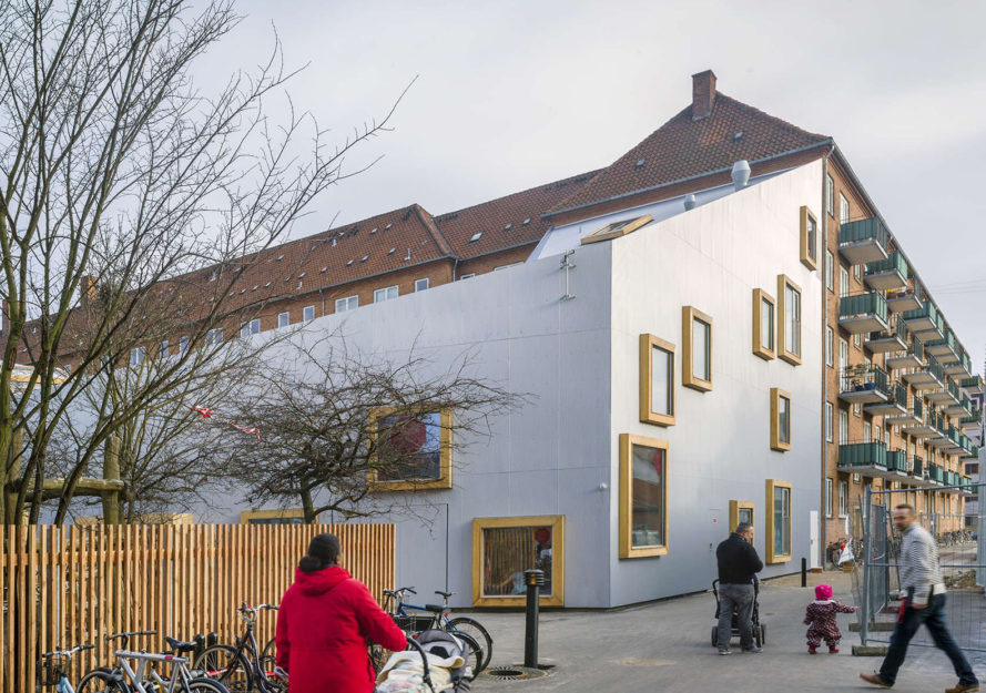 Children's Culture House Ama'r, cultural center, Copenhagen, Dorte Mandrup Arkitekter, kindergarten, Denmark, green architecture, design for kids, skylights, courtyard