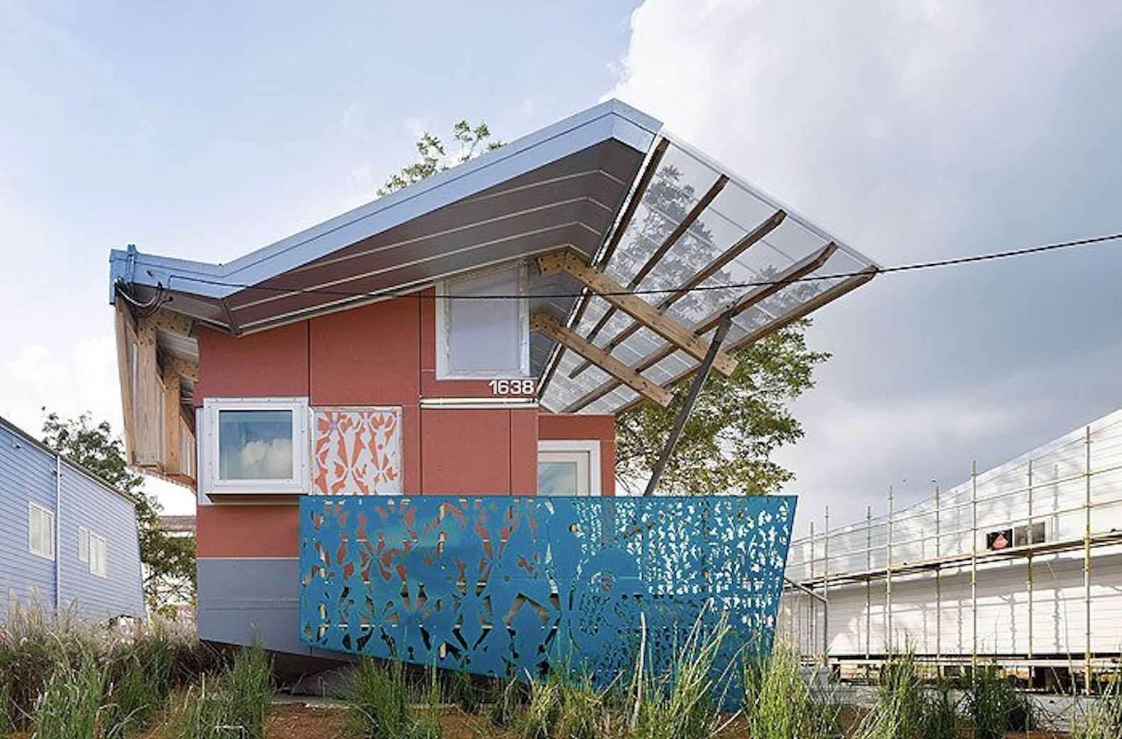 6 amphibious houses that float to escape flooding for How to build a floating house