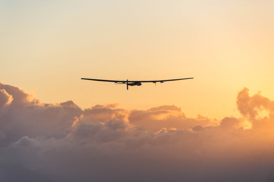 Solar Impulse 2, Solar Impulse, solar power, solar-powered plane, André Borschberg, Bertrand Piccard, Hawaii, flight around the world