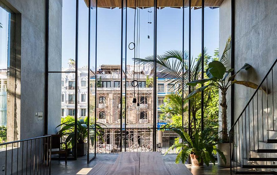 Nishizawa Architects, Thong House, Saigon, Vietnam, concrete, wood, Vietnamese architecture, natural lighting, green architecture, natural ventilation, flexible spaces
