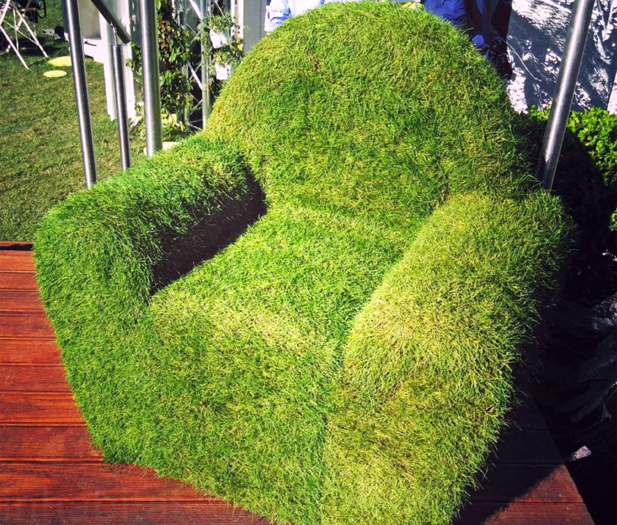 Zolle di Passaggio, Grass Chair, Landmarks, chairs, green chairs, sustainable chairs, green furniture, sustainable furniture, green design, sustainable design, milan design week, milan furniture fair, green interior, lawn chair