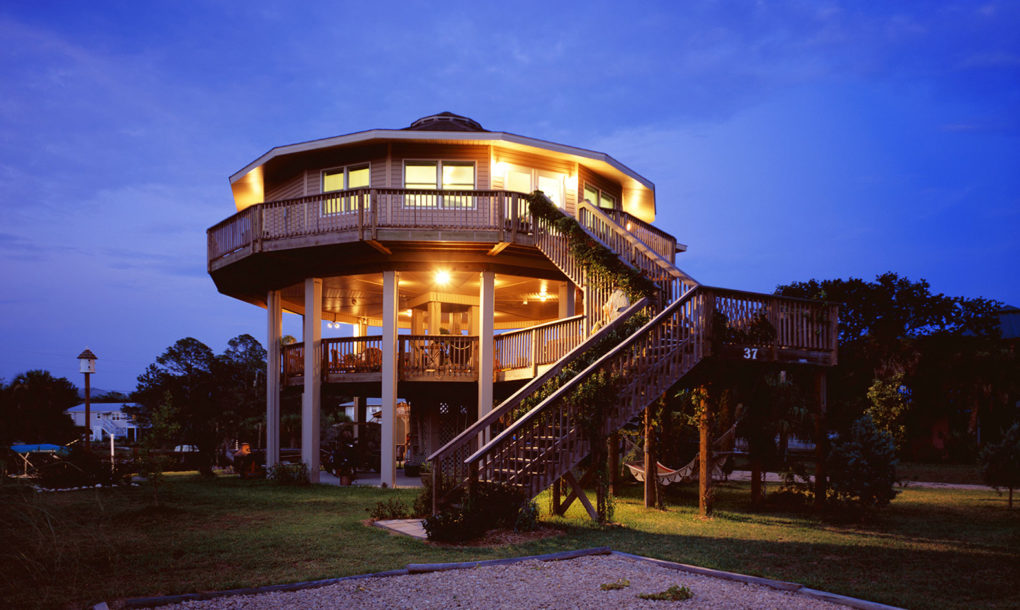 Round Homes Designs: Why Deltec's Round Houses Survive Hurricanes That Destroy