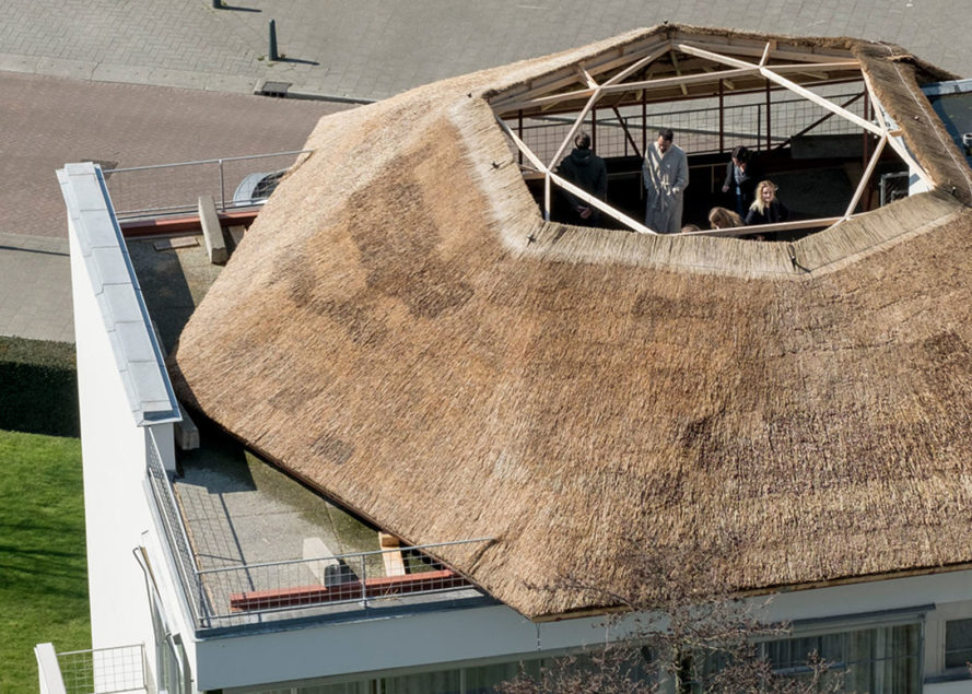 Santiago Borja, A Mental Image – Blavatsky Observatory, thatched structure, observatory, Rotterdam, roof top installation, Holland, temporary installation, farmhouses, Dutch design, Dutch functionalism, modernist house
