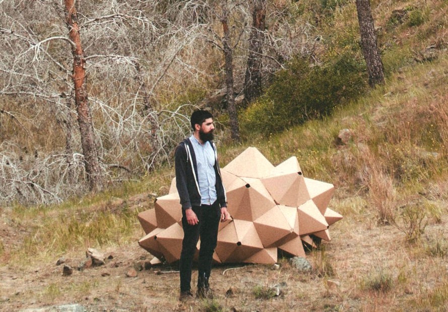 Helix shelter, ootro estudio, cardboard shelter, temporary shelter, Spain, laser-cut, recycled pallets, recycled cardboard, green architecture, recycled materials