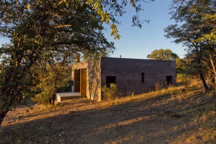 Casa Caldera by DUST, LEDs, San Rafael Valley architecture, scoria architecture, scoria building material, off grid vacation retreat