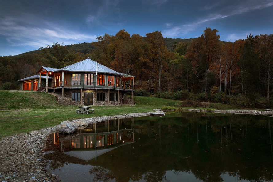 Deltec, Deltec Classic, Deltec Classic home, Classic home, prefab, energy efficiency, net-zero, sustainable homes, sustainable houses, disaster proof design, resilient design, disaster proof home