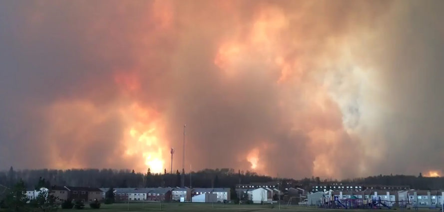 Fort McMurray, Alberta, Canada, wildfire, fire, evacuation, natural disaster, oil sands, Athabasca oil sands