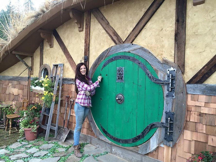 Hobbit, Hobbit hole, Hobbit home, Hobbit house, Lord of the Rings, off-grid, tiny house, tiny home, Kristie Wolfe, Airbnb