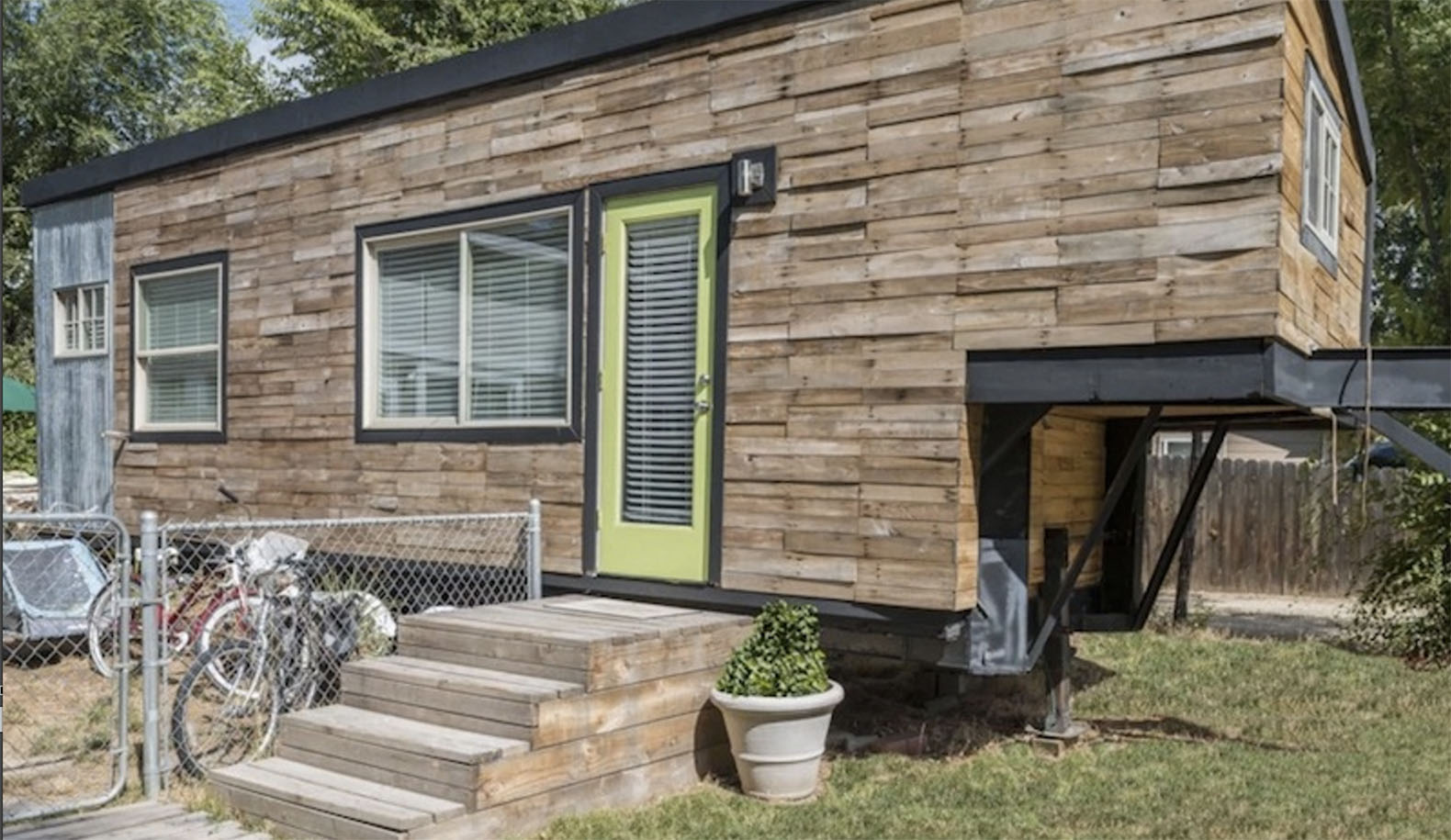 Idaho Mom Built A Tiny House For Her Family And Their Great Dane