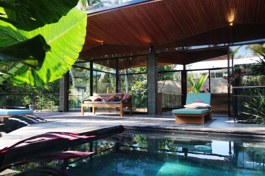 Origami House by Alexis Dornier, Bali architecture by Alexis Dornier, naturally ventilated tropical housing, contemporary tropical housing in Bali