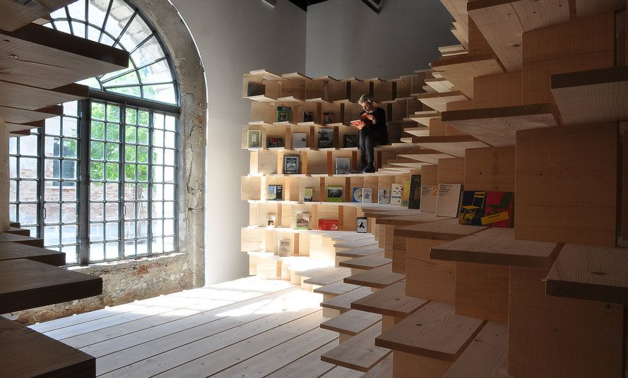 Venice Biennale, Slovenian pavilion, wooden pavilion, Venice, wooden structure, temporary pavilion, library space, bookshelves, timber, green architecture