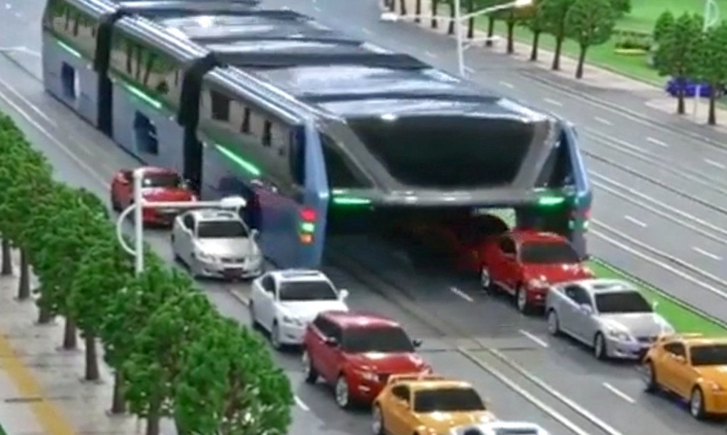 China To Test Crazy Traffic Straddling Bus This Summer