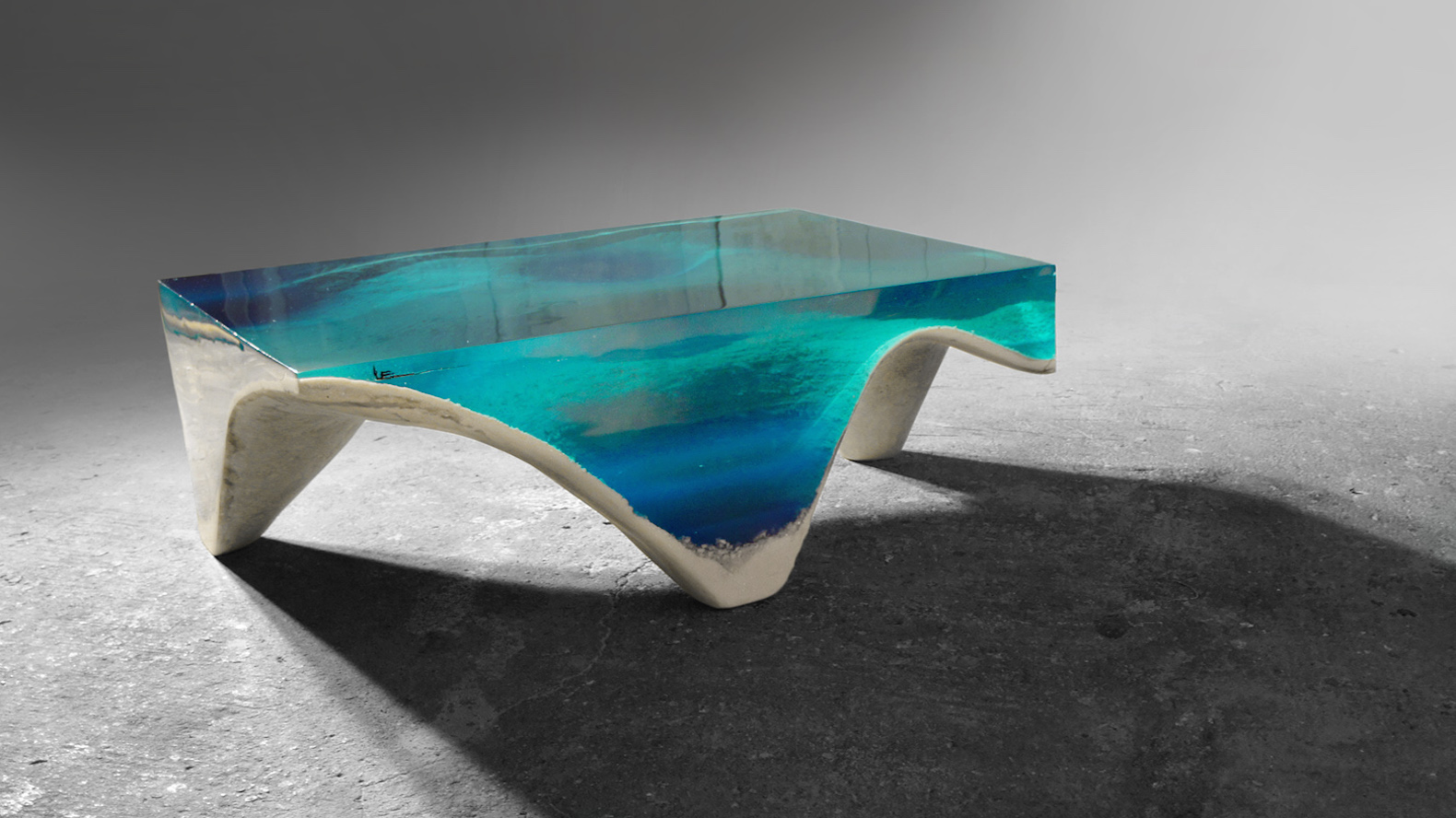 Superieur Lose Yourself In The Hypnotic Blue Depths Of This Ocean Inspired Table