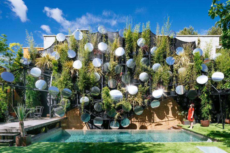 Manuel Ocaña, spain, pool, infinity pool, brick wall, green wall, mirrors, outdoor mirrors, concave mirrors, vegetation, landscape design, vertical garden, living wall