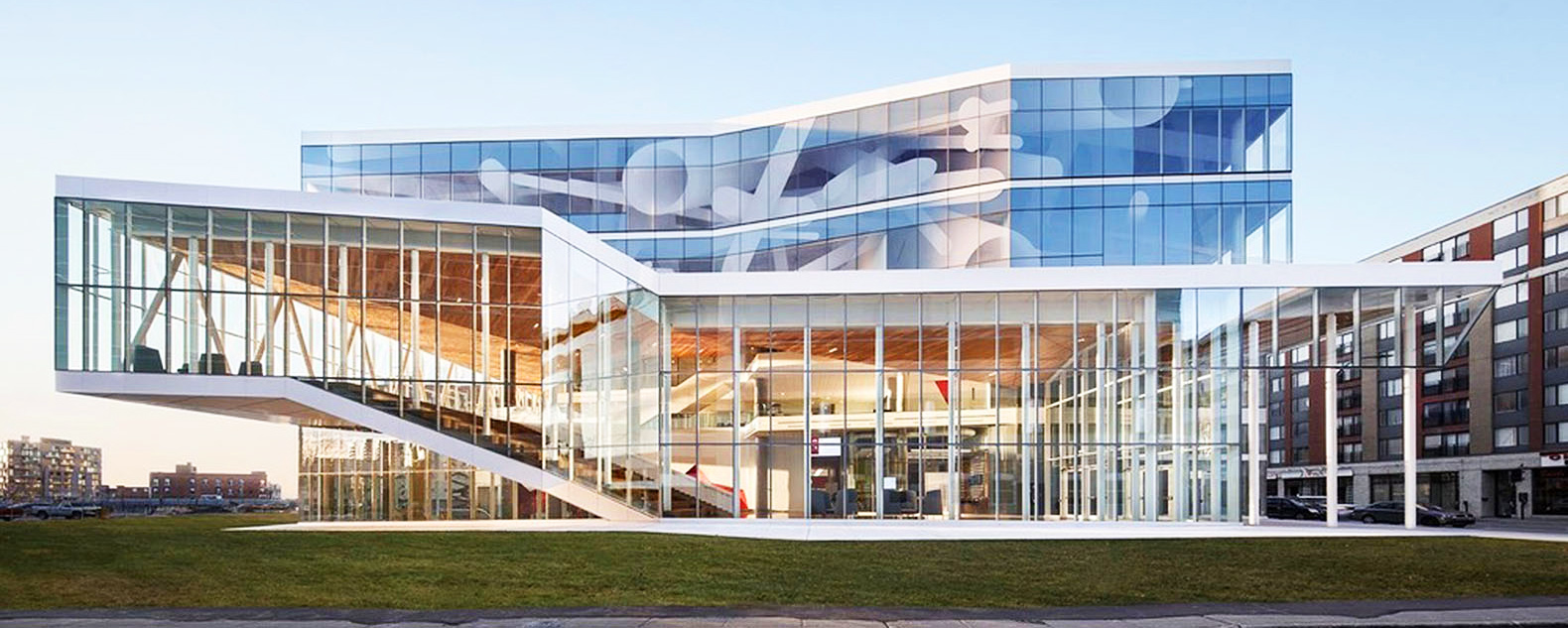 Leed silver certification inhabitat green design innovation montral school looks like its been carved out of a giant iceberg 1betcityfo Image collections