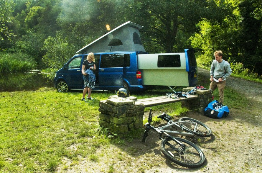 doubleback van, camper, recreational vehicle, mobile home, living space, expanding vehicle