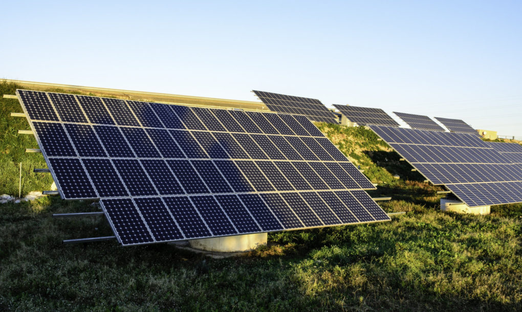 Uk Solar Power Outshined Coal Power Plants For The Entire