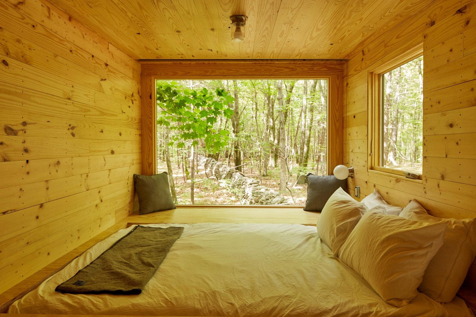 Tiny Home Designs: Getaway Is A New Harvard Startup That Lets City Slickers