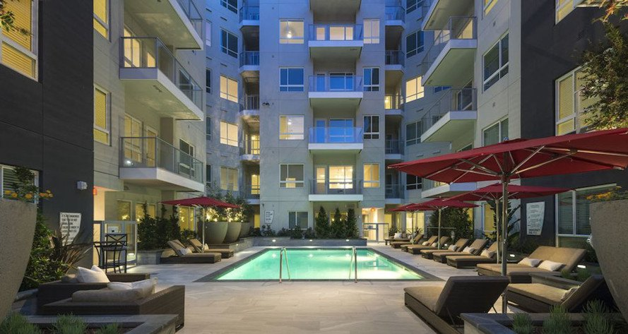 Hanover Olympic, Hanover Company, solar-powered apartment, eco-conscious apartment, Los Angeles, green architecture, solar panels, intelligent homes, energy tracker, solar power, green living, LED lighting