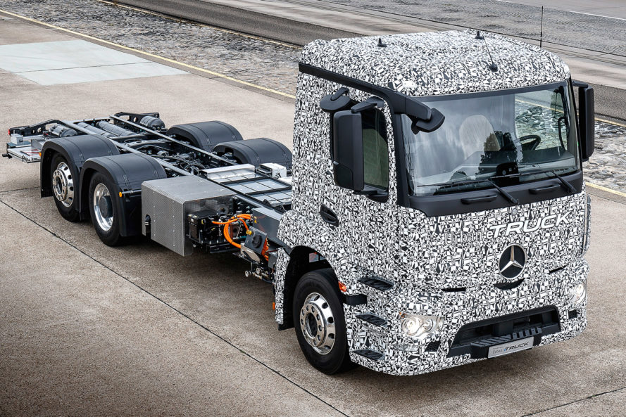 Daimler, Mercedes-Benz Urban eTruck, Mercedes-Benz, Urban eTruck, eTruck, electric truck, electric big rig, electric vehicle, electric transportation