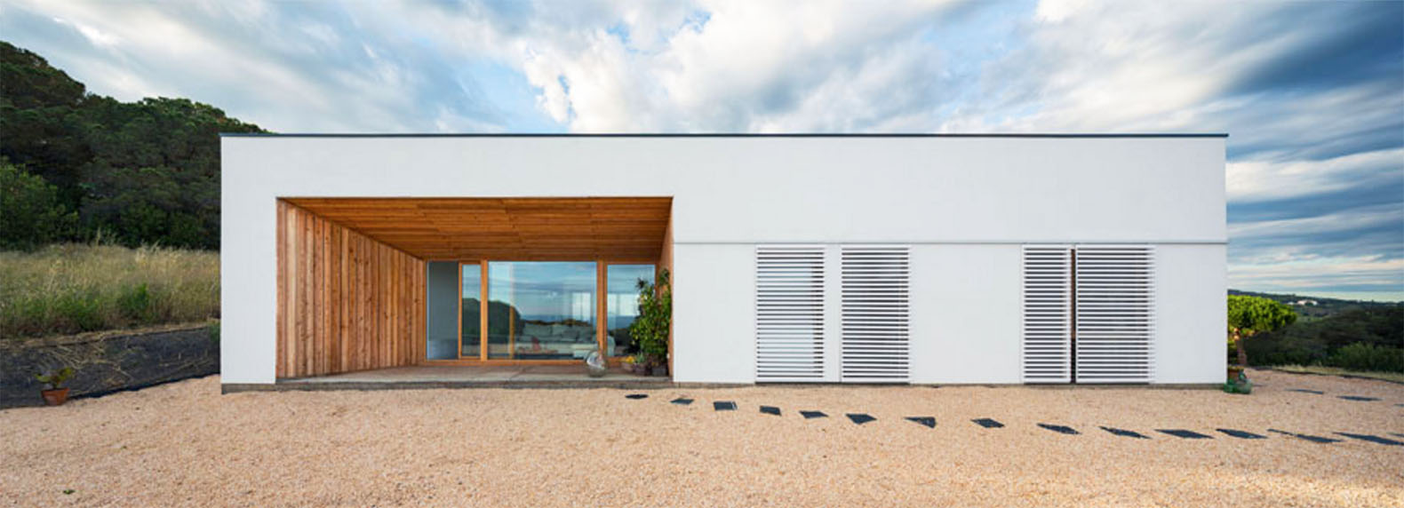 RM Passive House In Spain Is A Zero Energy Mediterranean Dream Home