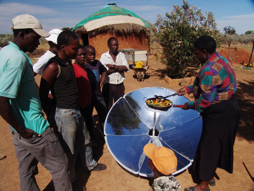 SunFire, SunFire solutions, parabolic solar cookers, energy poverty, solar cookers Africa, Africa energy poverty, fighting energy poverty, Sunfire South Africa, South African solar cookers, rocket stove, insulating SunBags