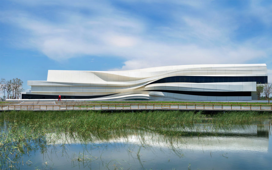 waa, green architecture, sustainable architecture, architecture awards, architecture contests, world architecture award, Schmidt Hammer Lassen Architects, World Architecture Fair, World Architecture Fair shortlist, 2016 WAF, Zaha Hadid, Foster + Partners, Olsen Kundig,