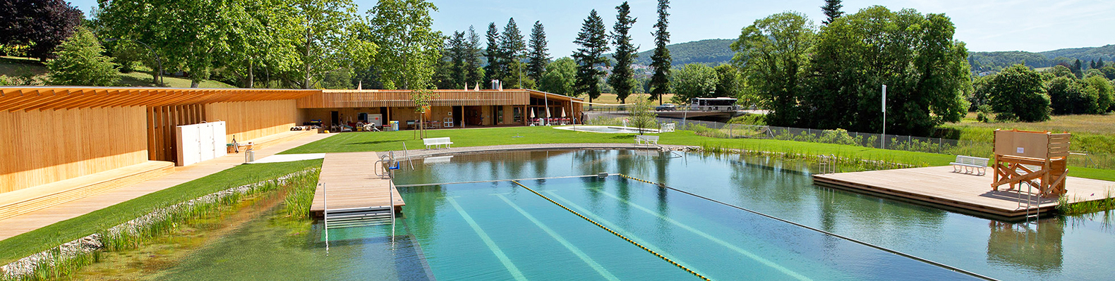 This gorgeous natural swiss pool proves we don 39 t need to swim in chlorine for Natural swimming pools los angeles