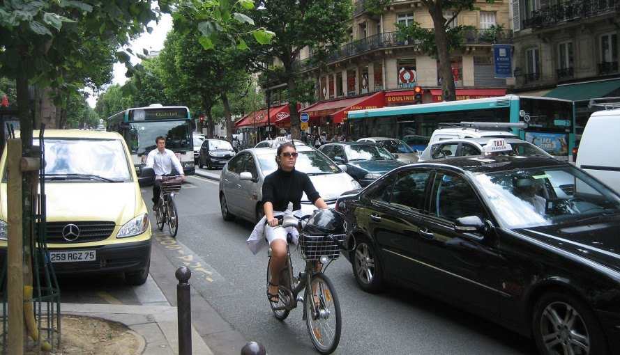 paris, bike highway, france, pollution, smog, cyclists, biking, biking to work, bicycles, bike lanes, traffic