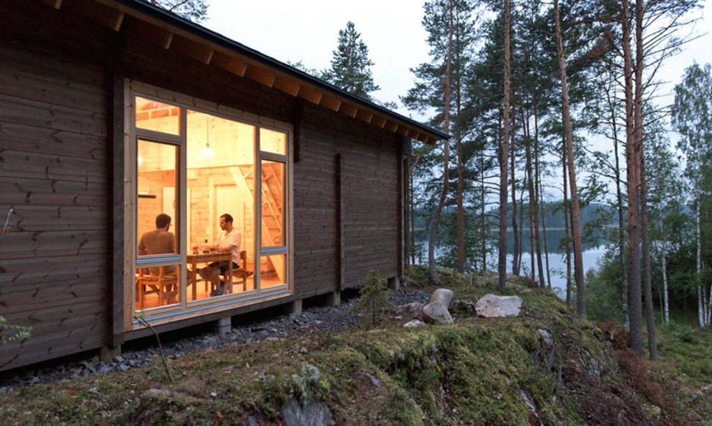 Beautiful Lakeside Cabin Puts A Fresh Spin On The