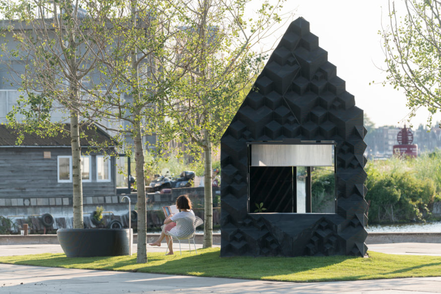 dus architects, 3d printed home, urban cabin, 3d printed cabin, micro home, 3d printed micro home, tiny house, tiny home, 3d printed bathtub, dutch architecture, amsterdam cabin, sustainable housing