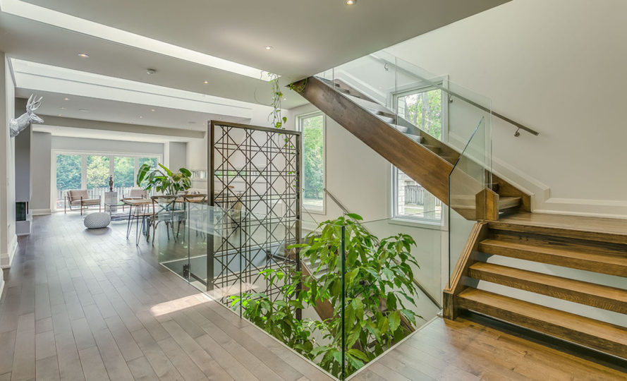 Garden Void House, Alva Roy Architects, Toronto, indoor garden, natural cooling, passive cooling, natural light, green architecture, skylights