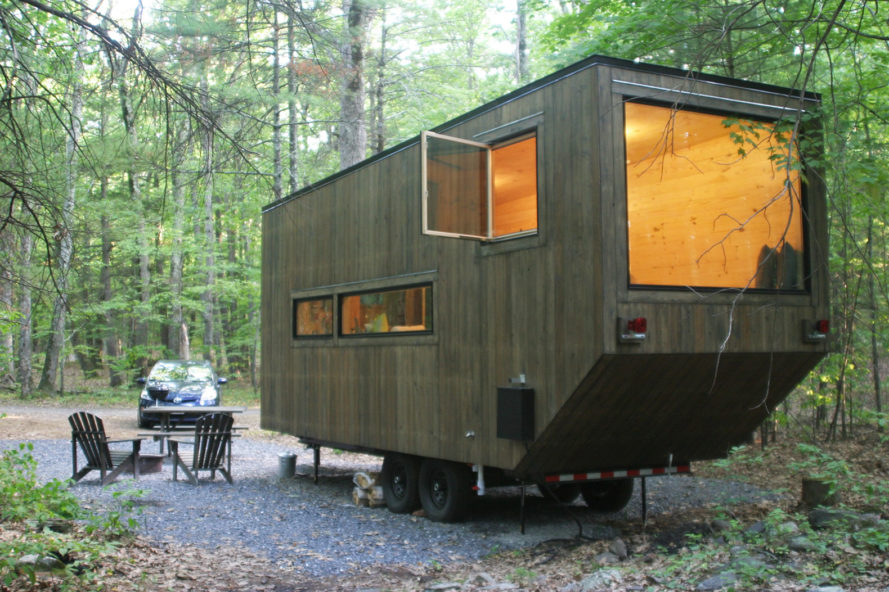 Inhabitat spends the night in a harvard designed getaway Getawaycabins com