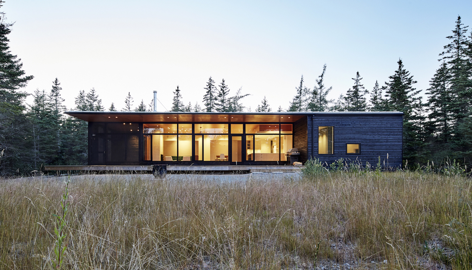 Passive Solar Lockeport Beach House Harvests Rainwater To Save Energy