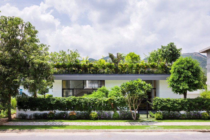 vietnam, Vo Trong Nghia Architects, nha trong, green roof, brick home, daylight, natural light, tile roof, landscape architecture