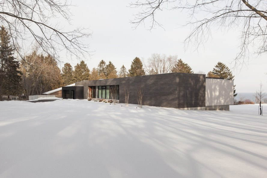 Opposite House by RZLBD, Opposite House by Reza Aliabadi, Toronto contemporary architecture, Canadian lakeside architecture