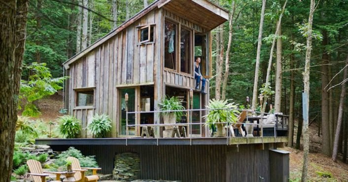 Fashion stylist's tiny reclaimed wood cabin is the perfect escape from NYC