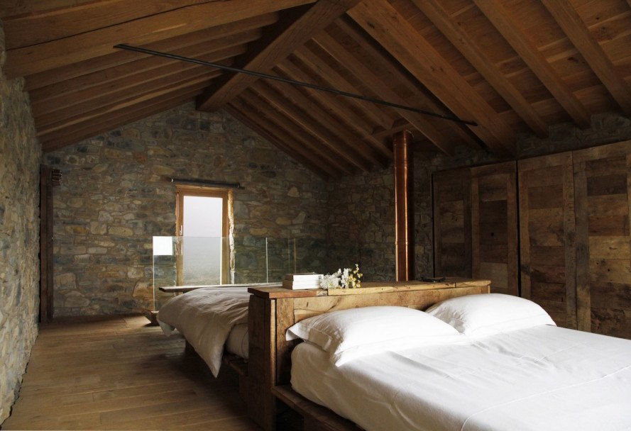 Stone Cottage by Studio Contini, off grid summer retreat, off grid cottage in Tuscany, farmhouse renovation project, solar powered summer cottage