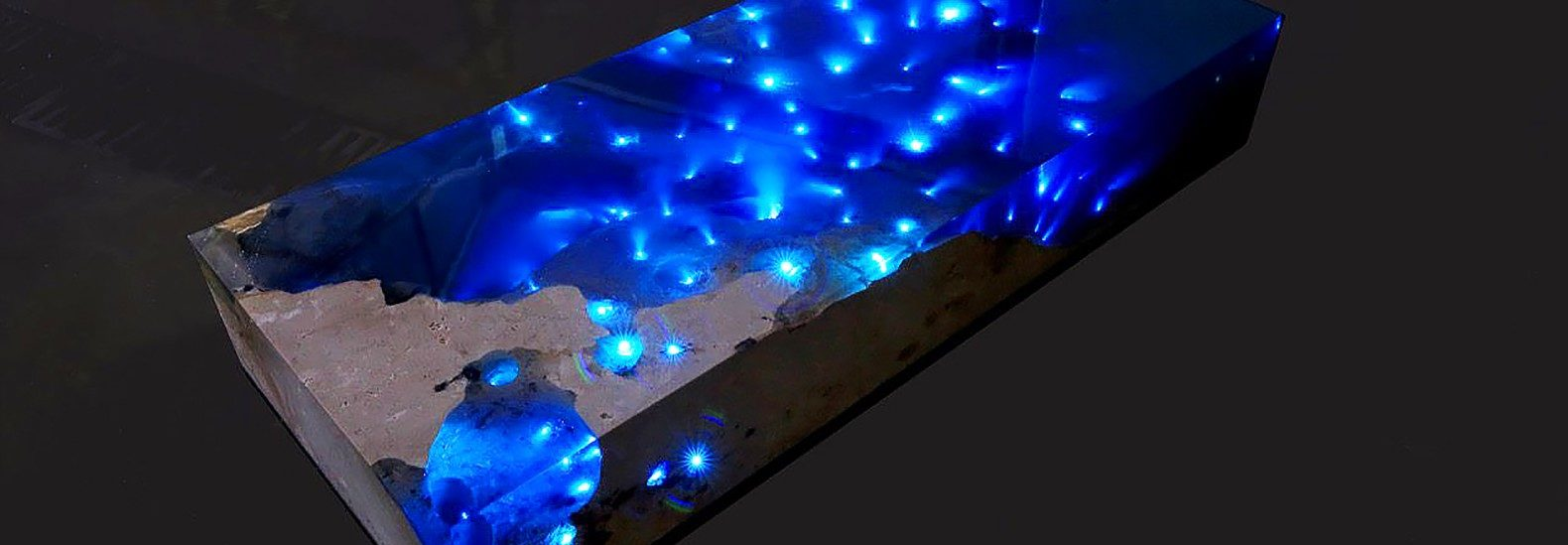 Mesmerizing Resin Table Illuminates A Starry Sea With Led Lights