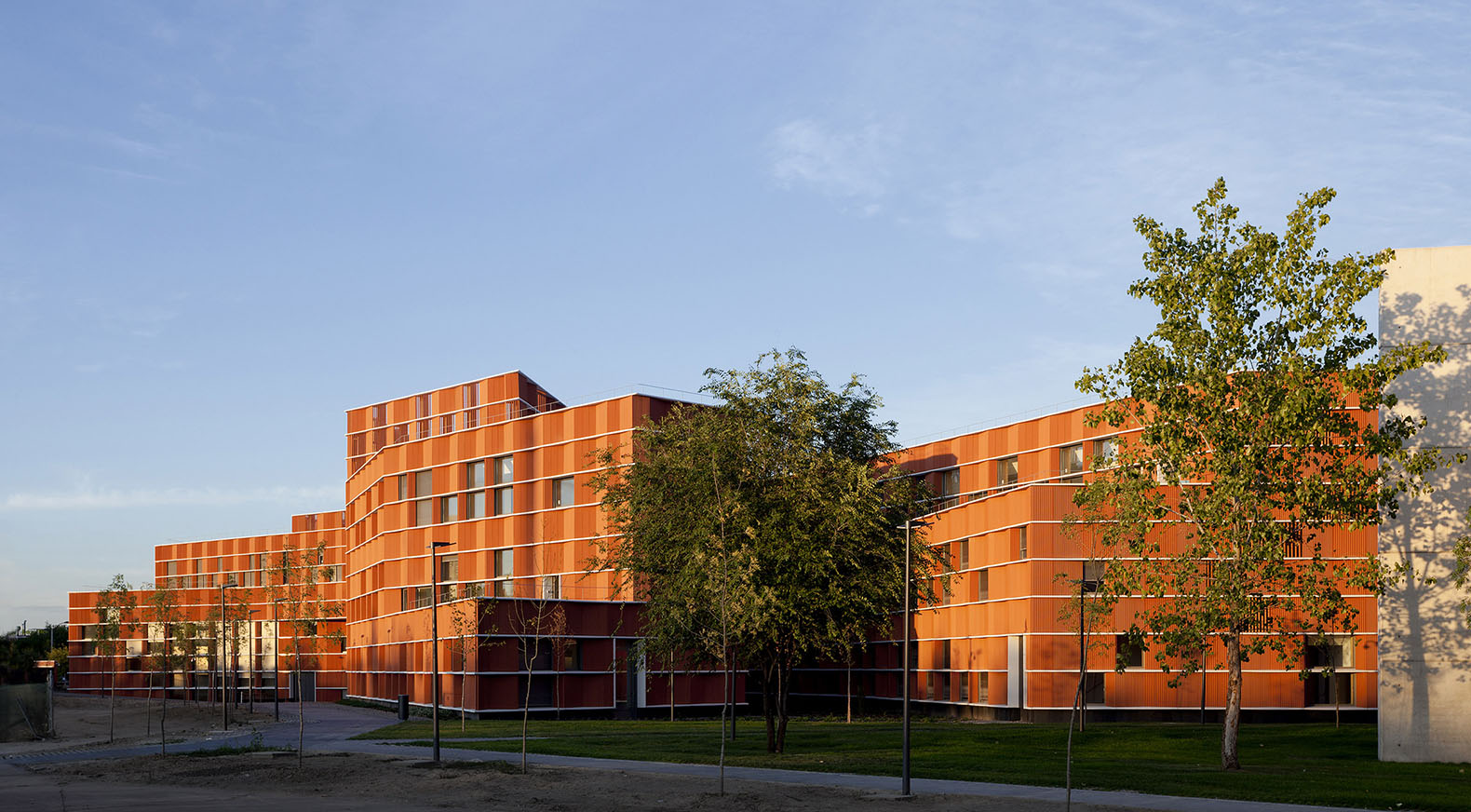 First Of Its Kind University Building In Spain Achieves Leed