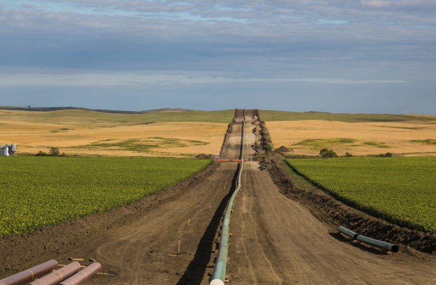 dakota access pipeline, bakken pipeline, us oil pipeline, dakota access, dakota access protests, standing rock sioux tribe, energy transfer partners, crude oil pipeline, north dakota pipeline, oil pipeline project