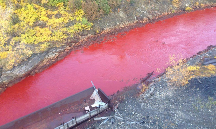 russia, siberia, Norilsk, Daldykan River, russian river turned red, pollution, industrial pollution, metallurgy, Nadezhda Metallurgical Plant, nickel