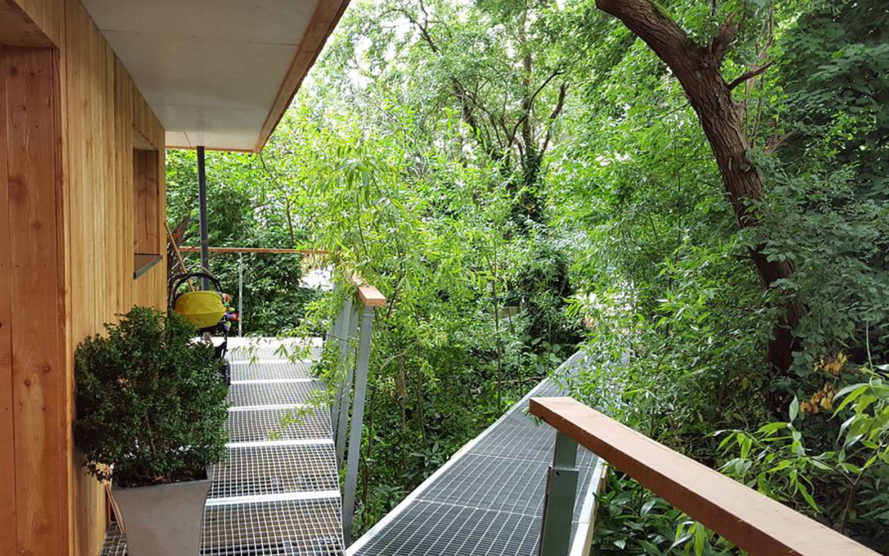 Dursley treehouse, Millar + Howard Workshop, England, building permit, Passive House certification, Passive House, treehouse, protected area, green architecture